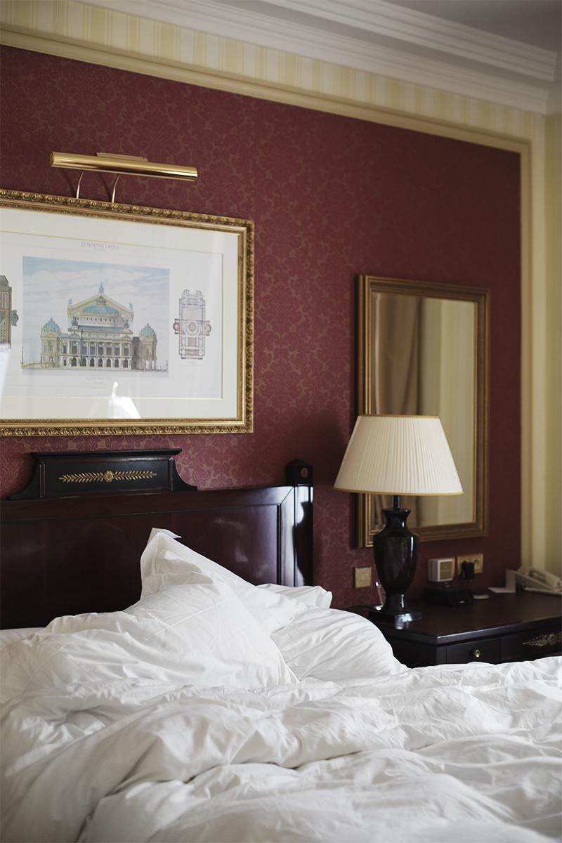 ENEMMÄN ON ENEMMÄN – LE GRAND HOTEL