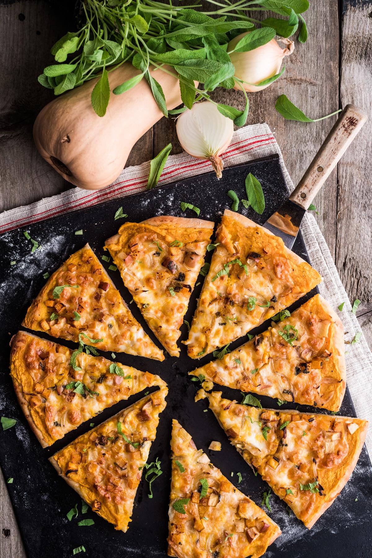 Täyteläinen kurpitsapizza