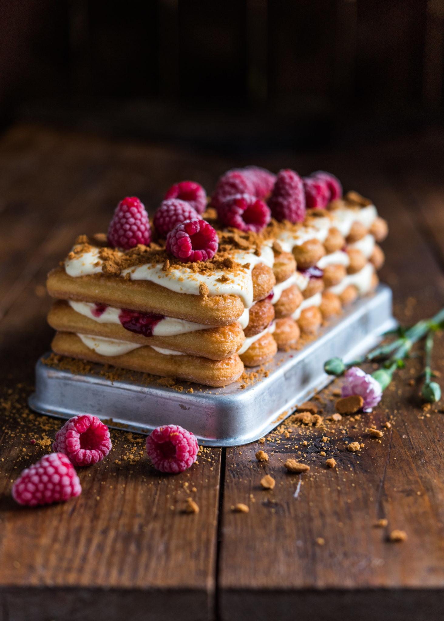 Runebergin tiramisu-kakku