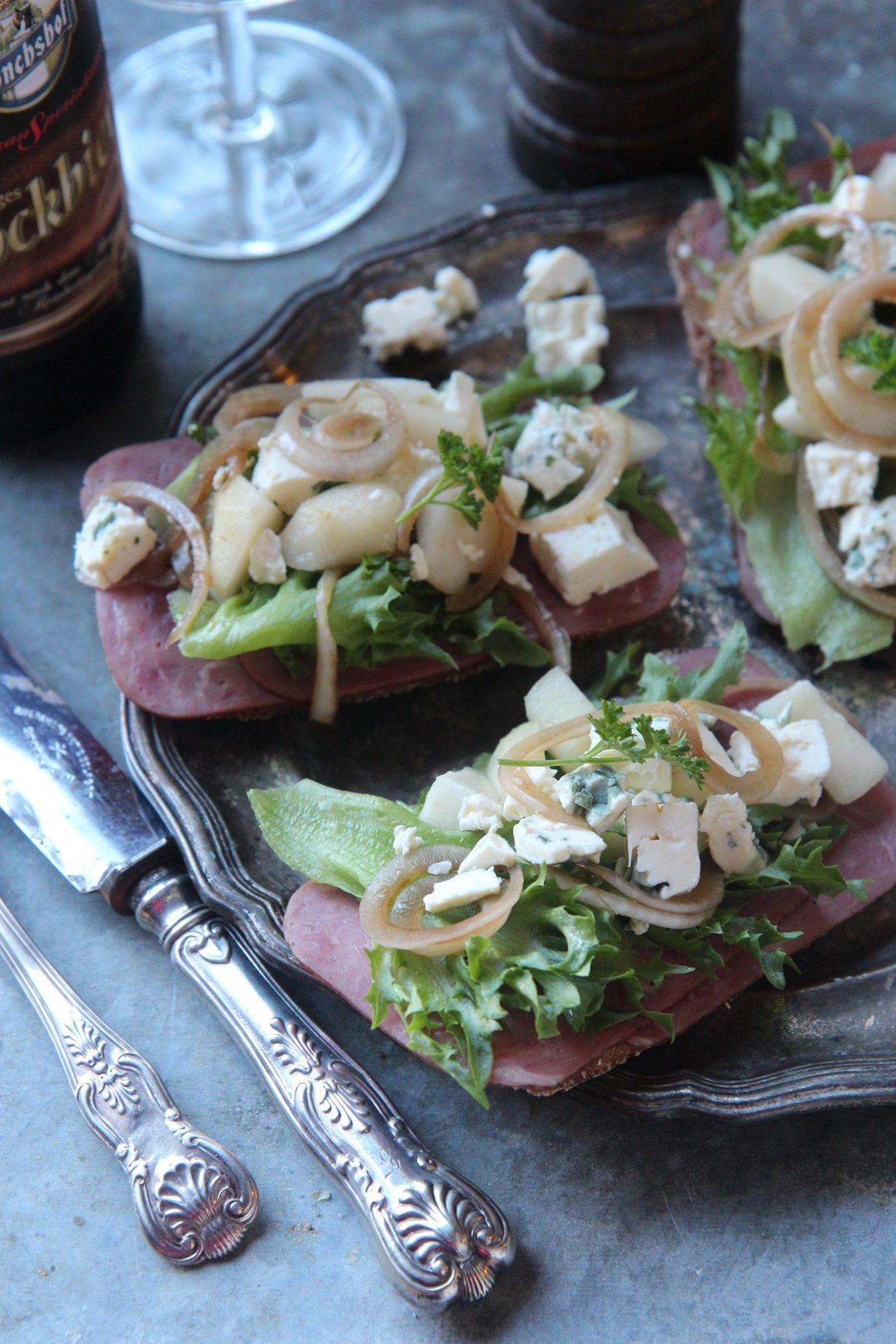 Joulukuu 7: Aura-päärynä salaattileivät