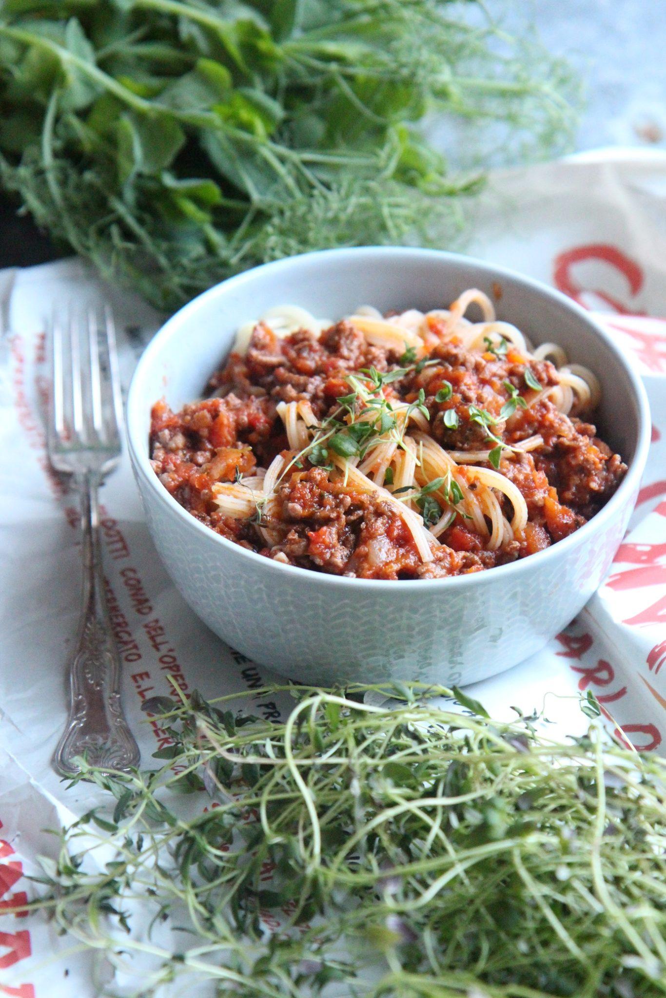 Viikko 3: Tuhti italialainen jauhelihakastike – Ragu alla Bolognese